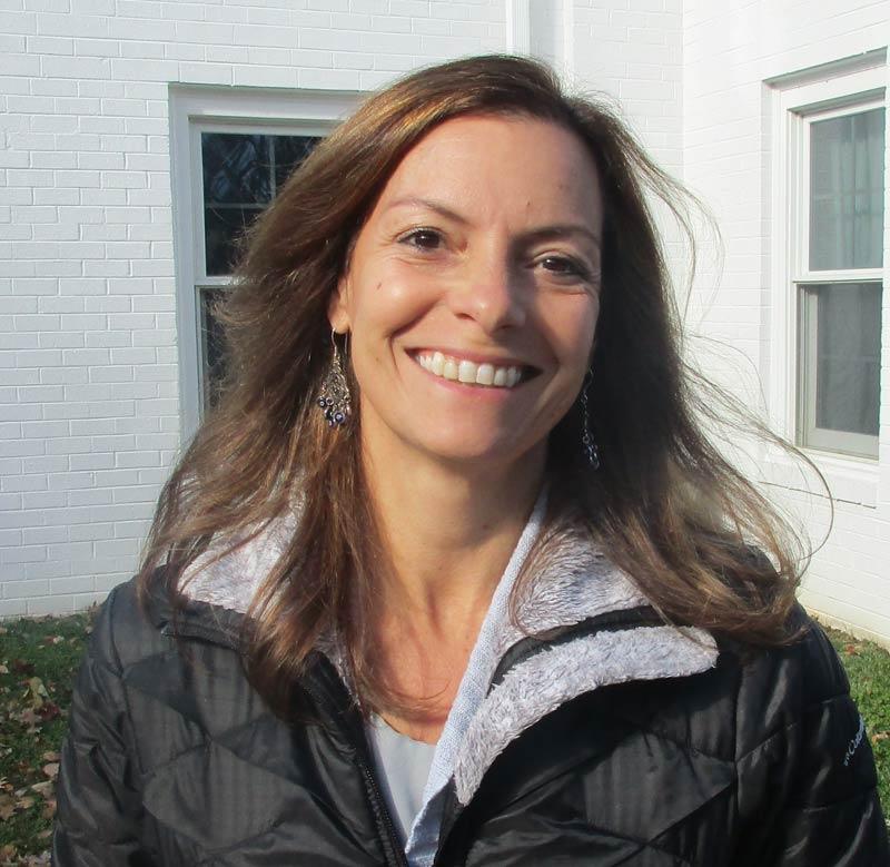 Leyla Uzer